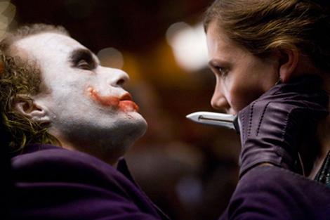 batman-theknife2.jpg