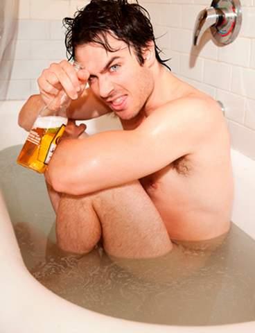 Ian Somerhalder desnudo.