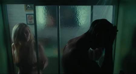 """Kirsten Dunst en """"Durmiendo con otras personas""""."""