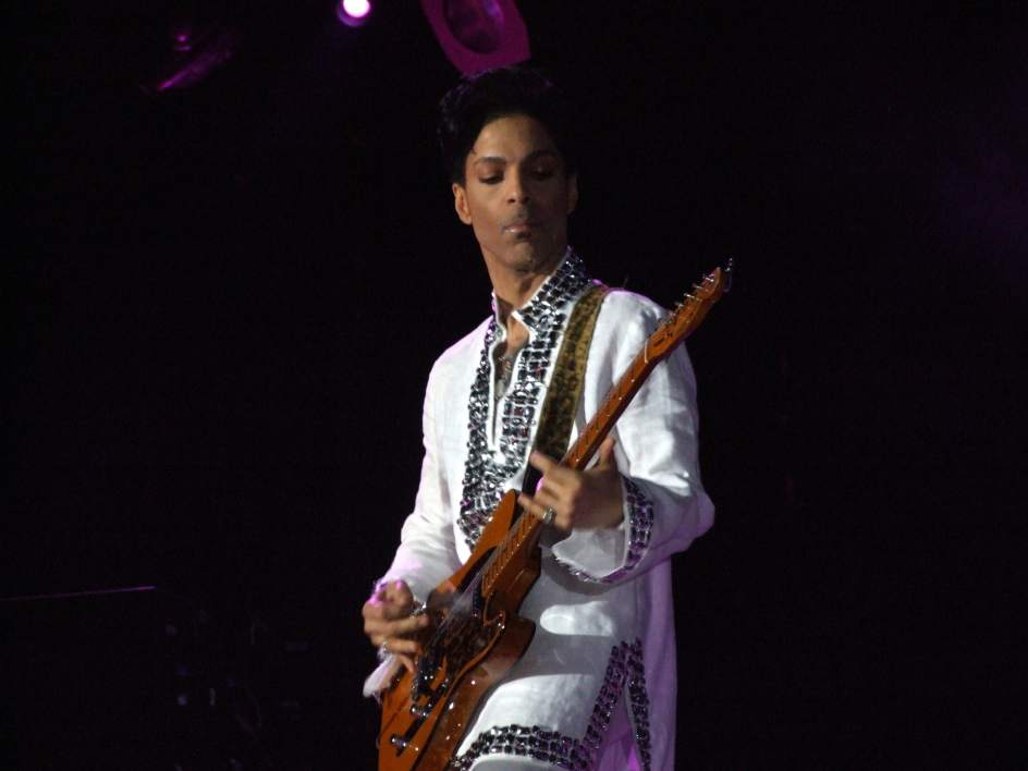 Muere el icono del pop, Prince